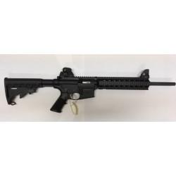 USAGÉ Smith & Wesson M&P-15...